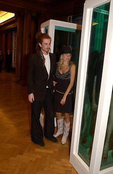 Sienna Miller and Rodolphe von Hofmann, Opening of the Satchi Gallery, County Hall. 15 April 2003. © Copyright Photograph by Dafydd Jones 66 Stockwell Park Rd. London SW9 0DA Tel 020 7733 0108 www.dafjones.com