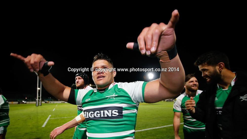 Manawatu celebrate the win. ITM Cup Championship Rugby Final, Manawatu Turbo's v Hawkes Bay Magpies, FMG Stadium, Palmerston North, New Zealand. Friday, 24 October, 2014. Photo: John Cowpland / photosport.co.nz
