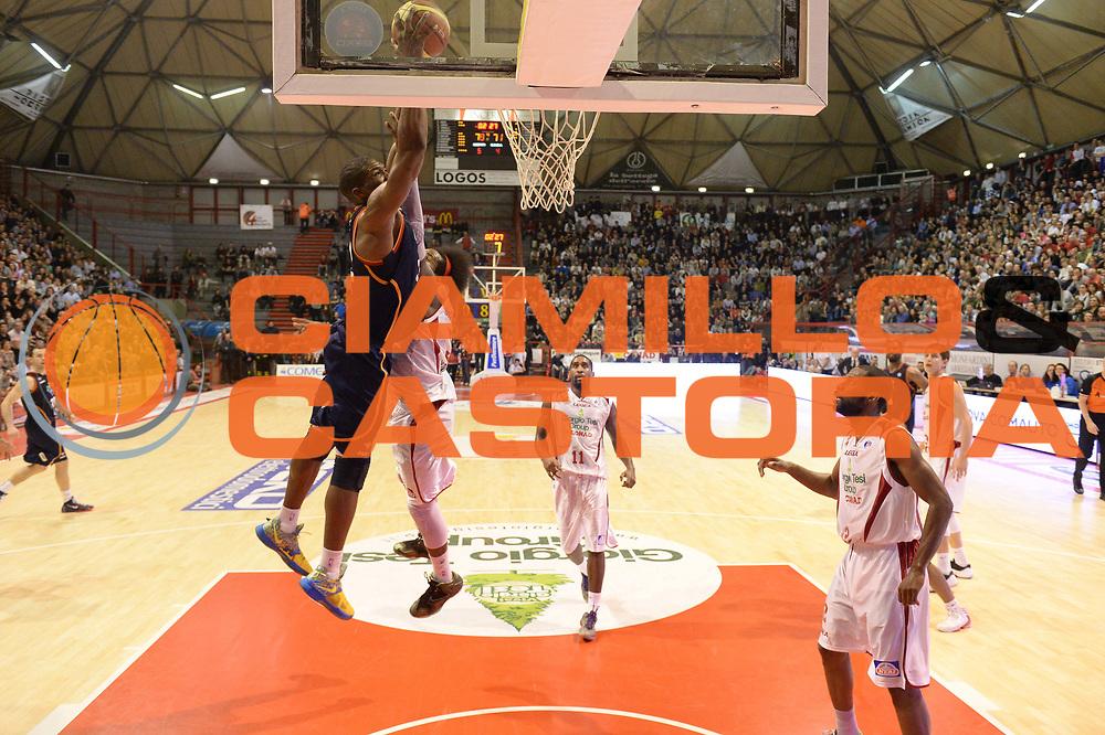 DESCRIZIONE : Pistoia Lega serie A 2013/14 Giorgio Tesi Group Pistoia Acea Roma<br /> GIOCATORE : Trevor Mbakwe<br /> CATEGORIA : Special Tiro Equilibrio Schiacciata Sequenza<br /> SQUADRA : Acea Roma<br /> EVENTO : Campionato Lega Serie A 2013-2014<br /> GARA : Giorgio Tesi Group Pistoia Acea Roma<br /> DATA : 29/12/2013<br /> SPORT : Pallacanestro<br /> AUTORE : Agenzia Ciamillo-Castoria/GiulioCiamillo<br /> Galleria : Lega Seria A 2013-2014<br /> Fotonotizia : Pistoia Lega serie A 2013/14 Giorgio Tesi Group Pistoia Acea Roma<br /> Predefinita :