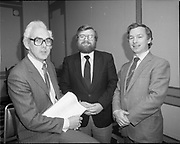 Meeting-break at of I.C.A.M. at Burlington Hotel, 44 Upper Mount Street, Dublin,<br />
