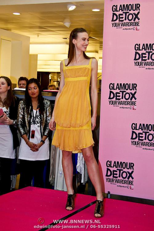 NLD/Amsterdam/20100314 -Modeshow Glamour Detox Your Wardrobe tbv Orange Babies, Silvia van der Klooster