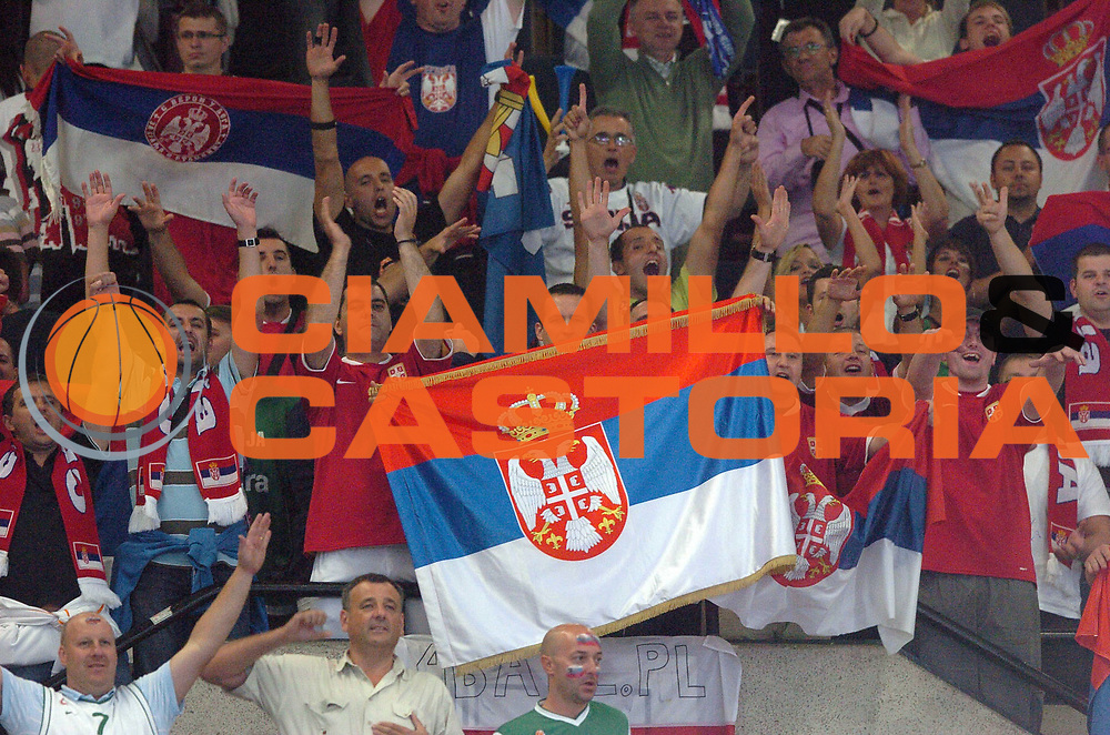 DESCRIZIONE : Katowice Poland Polonia Eurobasket Men 2009 Semifinali Semifinal Serbia Slovenia<br /> GIOCATORE : Tifosi Supporters Serbia<br /> SQUADRA : Serbia<br /> EVENTO : Eurobasket Men 2009<br /> GARA : Serbia Slovenia<br /> DATA : 19/09/2009 <br /> CATEGORIA :<br /> SPORT : Pallacanestro <br /> AUTORE : Agenzia Ciamillo-Castoria/N.Parausic<br /> Galleria : Eurobasket Men 2009 <br /> Fotonotizia : Katowice  Poland Polonia Eurobasket Men 2009 Semifinali Semifinal Serbia Slovenia<br /> Predefinita :