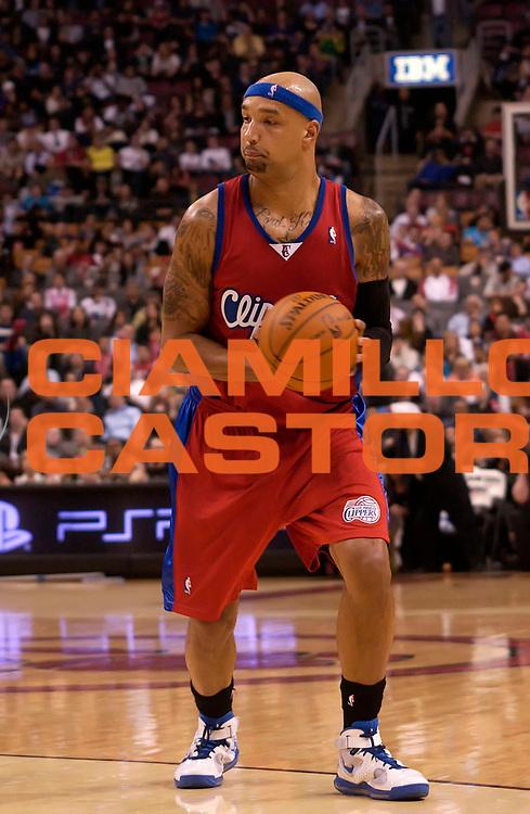 DESCRIZIONE : Toronto NBA 2009-2010 Toronto Raptors Los Angeles Clippers<br /> GIOCATORE : Drew Gooden<br /> SQUADRA : Toronto Raptors Los Angeles Clippers<br /> EVENTO : Campionato NBA 2009-2010 <br /> GARA : Toronto Raptors Los Angeles Clippers<br /> DATA : 31/03/2010<br /> CATEGORIA :<br /> SPORT : Pallacanestro <br /> AUTORE : Agenzia Ciamillo-Castoria/V.Keslassy<br /> Galleria : NBA 2009-2010<br /> Fotonotizia : Toronto NBA 2009-2010 Toronto Raptors Los Angeles Clippers<br /> Predefinita :