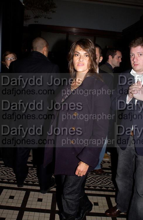 Tracey Emin, Kill Bill part 2. post premiere party. Old In and Out club. Piccadilly, 20 April 2004. ONE TIME USE ONLY - DO NOT ARCHIVE  © Copyright Photograph by Dafydd Jones 66 Stockwell Park Rd. London SW9 0DA Tel 020 7733 0108 www.dafjones.com