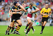 London - Saturday, 5th September, 2009: Danny Cipriani & Tim Payne  of London Wasps attempt to stop Nick Easter of Harlequins during the Guinness Premiership match at Twickenham, London. ..(Pic by Alex Broadway/Focus Images)