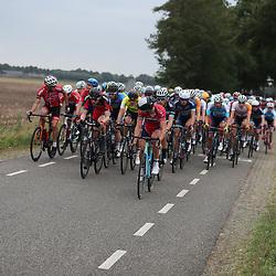 29-09-2016: Wielrennen: Olympia Tour: Gendringen<br />GENDERINGEN (NED) wielrennen  Hoog tempo in de vierde etappe van Olympia's tour