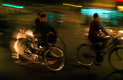 CHINA SHANGHAI NOV01 - Cyclists in the evening rush-hour in downtown Shanghai.. . . jre/Photo by Jiri Rezac. . © Jiri Rezac 2001. . Contact: +44 (0) 7050 110 417. Mobile:  +44 (0) 7801 337 683. Office:  +44 (0) 20 8968 9635. . Email:   jiri@jirirezac.com. Web:     www.jirirezac.com