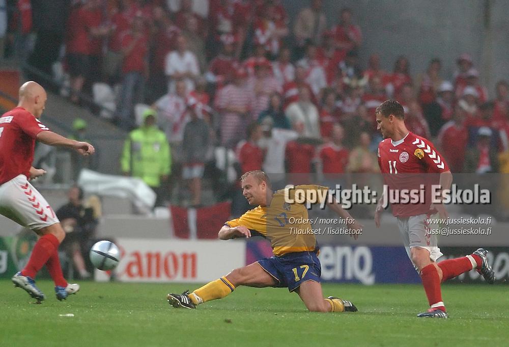 Anders Andersson, Sweden-Denmark, 22.6.2004.&amp;#xA;Euro 2004.&amp;#xA;Photo: Jussi Eskola<br />
