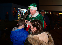 Elf hands out hats - Mandatory by-line: Alex Davidson/JMP - 22/12/2017 - RUGBY - Sixways Stadium - Worcester, England - Worcester Warriors v London Irish - Aviva Premiership