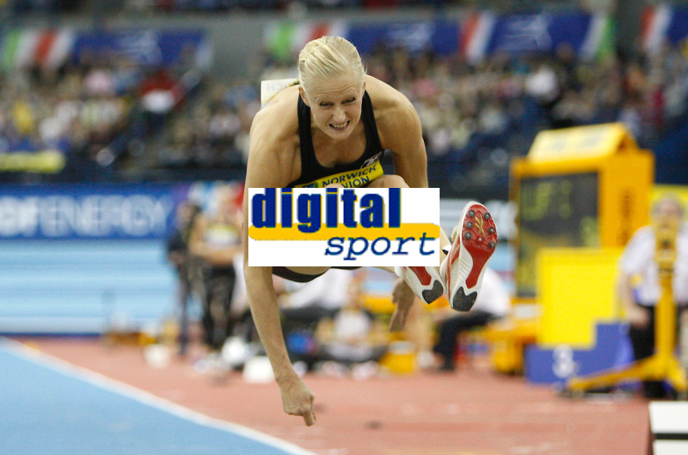 Photo: Richard Lane/Richard Lane Photography. <br />Norwich Union Grand Prix. 16/02/2008. Sweden's Carolina Kluft during the long jump in the women's three event challenge.