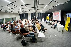 Poslusalci na okrogli mizi 1. Slovenskega smucarskega forumu v organizaciji SportForum Slovenija, September 14, 2011, Kristalna Palaca, BTC City, Ljubljana, Slovenija. (Photo by Matic Klansek Velej / Sportida)