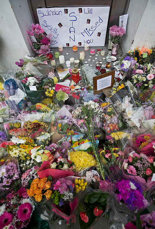 """© under license to London News Pictures.  27/03/2011. Flowers and candles outside SUJU nightclub in Swindon on the day Christopher Halliwell appeared at Swindon magistrates court charged with the murder of 22 year-old Sian O""""Callaghan. Photo credit should read: LNP"""