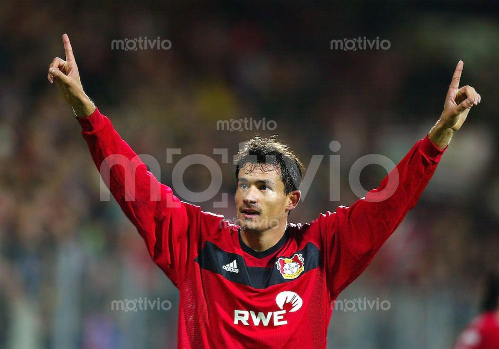 Fussball / Champions-League Saison 2002/2003 4. Spieltag Bayer 04 Leverkusen - Maccabi Haifa 2:1       Marko Babic bejubelt sein Tor zum 1:0