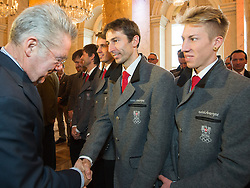 29.01.2014, Hofburg, Wien, AUT, Sochi 2014, Vereidigung OeOC, im Bild Bundespräsident Heinz Fischer, Willi Denifl, Thomas Diethart // Austrians President Heinz Fischer, Willi Denifl, Thomas Diethart during the swearing-in of the Austrian National Olympic Committee for Sochi 2014 at the  Hofburg in Vienna, Austria on 2014/01/29. EXPA Pictures © 2014, PhotoCredit: EXPA/ JFK