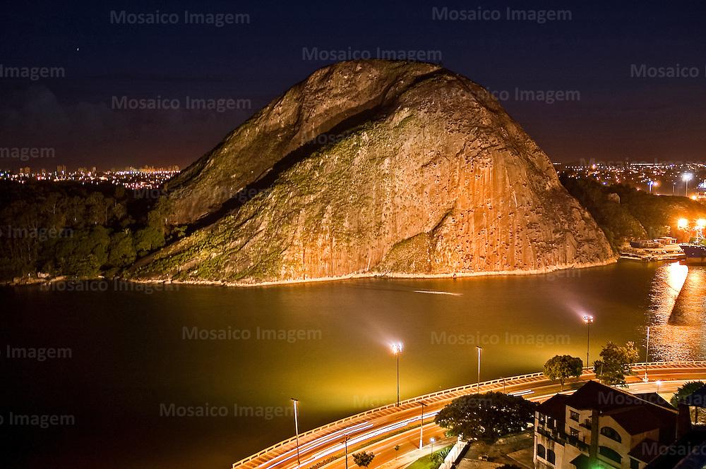 Brasil - Espirito Santo - Vitoria - Vista noturna da Baia de Vitoria - Foto: Tadeu Bianconi/ Mosaico Imagem