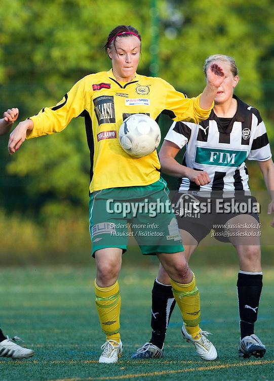 Heidi Kivelä, TPS-Ilves, Naisten Liiga, Turun Urheilupuiston yläkenttä, 08122010