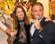 Opening van de duo tentoonstelling Loes van Delft en David Stesner bij de Cobra Art Gallery in Amsterdam. Op de foto: Loes van Delft en Mike van Rijswijk