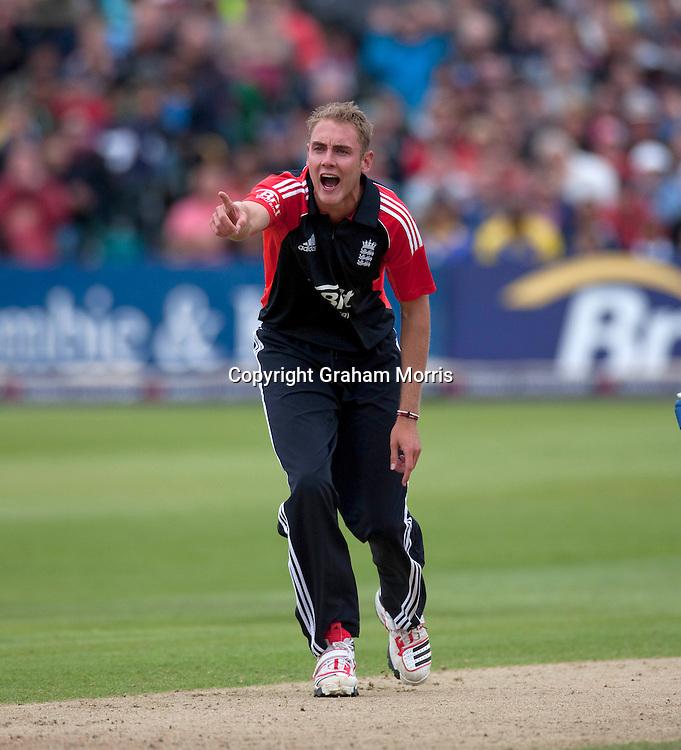 Captain Stuart Broad appeals in vain during the T20 international between England and Sri Lanka at Bristol.  Photo: Graham Morris/photosport.co.nz