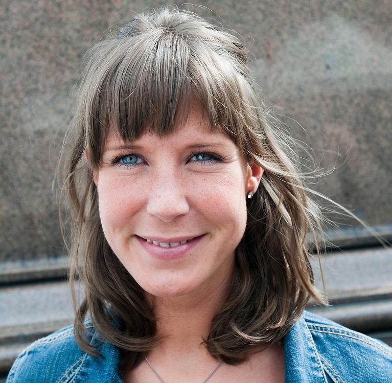 Person 1.Enkät i Oslo angående morgondagens dom i Breivik-rättegången