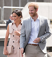 Meghan Markle & Prince Harry At Mandela Exhibition
