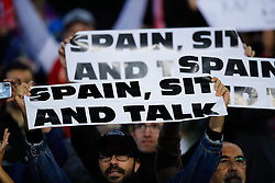 November 5, 2019, Barcelona, Catalonia, Spain: November 5, 2019 - Barcelona, Spain - Uefa Champions League Stage Group, FC Barcelona v Slavia Praga: supporters with the banner of 'Spain, Sit and Talk' (Credit Image: © Eric Alonso/ZUMA Wire)