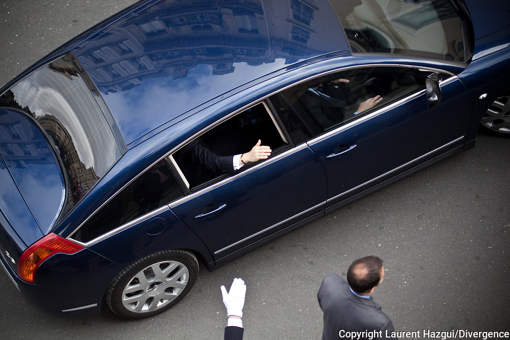 15052012. Paris. PRESIDENTIELLE 2012 : Investiture de François Hollande à la présidence de la République. Passation de pouvoirs avec Nicolas Sarkozy.