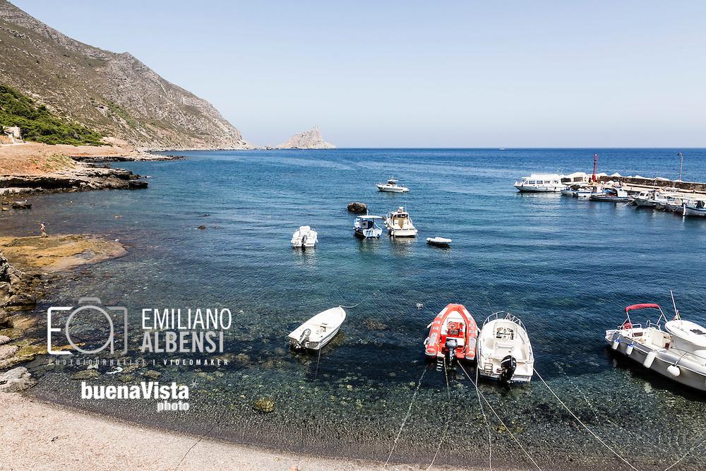 Marettimo, Sicilia, Italia, 2016<br /> Il porto vecchio di Marettimo, Isole Egadi.<br /> <br /> Marettimo, Sicily, Italy, 2016<br /> The old port of Marettimo, Aegadian Islands.