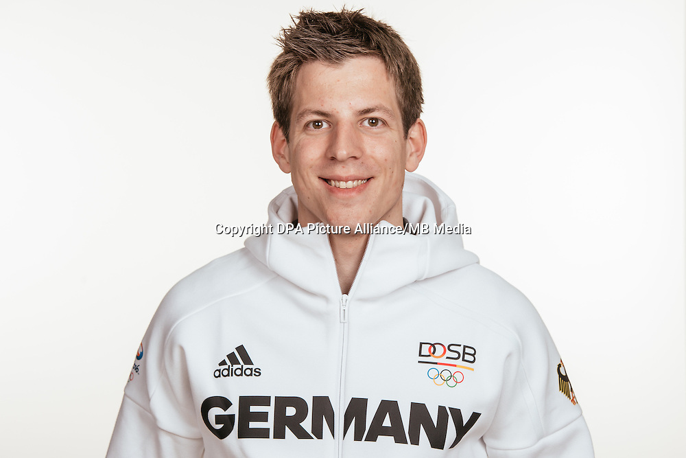 Daniel Schüler poses at a photocall during the preparations for the Olympic Games in Rio at the Emmich Cambrai Barracks in Hanover, Germany, taken on 12/07/16 | usage worldwide