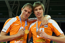 01-07-2012 VOLLEYBAL: EUROPEAN LEAGUE PRIJSUITREIKING: ANKARA<br /> Nederland wint de European League 2012 / Thijs Ter Horst (#4 NED) und Maarten van Garderen (#13 NED)<br /> ©2012-FotoHoogendoorn.nl/Conny Kurth