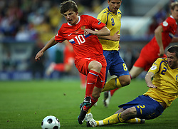 Andrei Arshavin of Russia (10) and Mikael Nilsson of Sweden (2) during the UEFA EURO 2008 Group D soccer match between Sweden and Russia at Stadion Tivoli NEU, on June 18,2008, in Innsbruck, Austria. Russia won 2:0. (Photo by Vid Ponikvar / Sportal Images)