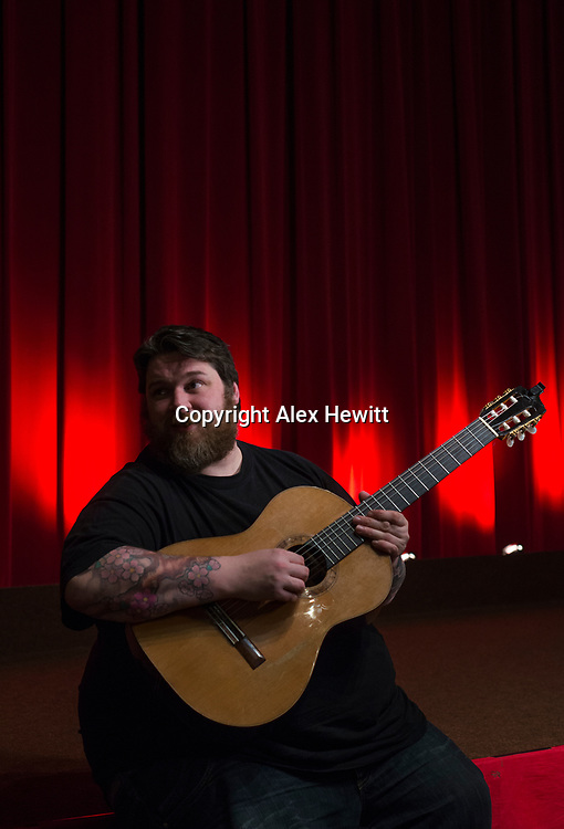 Bo'Ness Hippodrome Festival of Silent Cinema 2017<br /> <br /> Down by Law with music by RM Hubbert 'Hubby'<br /> <br /> picture by Alex Hewitt<br /> alex.hewitt@gmail.com<br /> 07789 871 540