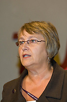 Hilary Bills, NUT, speaking at the TUC, Brighton 2007...© Martin Jenkinson, tel 0114 258 6808 mobile 07831 189363 email martin@pressphotos.co.uk. Copyright Designs & Patents Act 1988, moral rights asserted credit required. No part of this photo to be stored, reproduced, manipulated or transmitted to third parties by any means without prior written permission