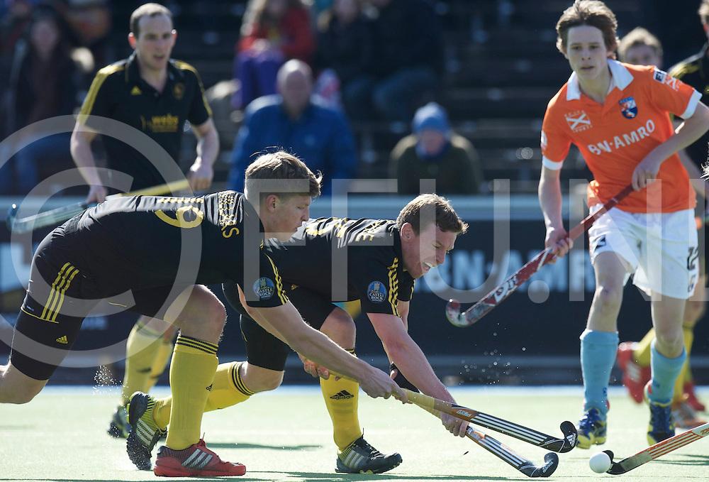 Amstelveen - Euro Hockey league KO16.Beeston HC - HC Bloemendaal.foto: Oliver Willars (left) and Micheal Hoare (middle)..FFU PRESS AGENCY COPYRIGHT FRANK UIJLENBROEK.