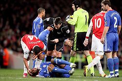 27.12.2010, Emirates Stadium, London, ENG, PL, FC Arsenal vs Chelsea FC, im Bild // Mikel John Obi of Chelsea  injured while is conforted by Arsenal's Cesc Fabregas (captain)   in  the match Arsenal fc vs Chelsea fc for the EPL at the Emirates Stadium in London on 27/12/2010, EXPA Pictures © 2010, PhotoCredit: EXPA/ IPS/ M. Pozzetti *** ATTENTION *** UK AND FRANCE OUT!