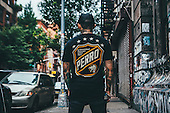Perro_official 2015