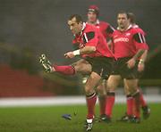 11/01/2004 - Photo  Peter Spurrier.2003/04 Parker Pen Challenge Cup Saracens v Glasgow.Sarries Thomas Castaignede.   [Mandatory Credit, Peter Spurier/ Intersport Images].