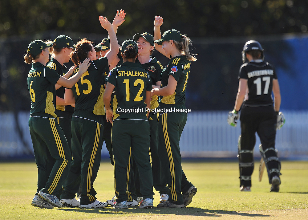 Australia celebrate the wicket of Amy Satterthwaite ~ Game 7 (ODI) of the Rose Bowl Trophy Cricket played between Australia and New Zealand at Alan Border Field in Brisbane (Australia) ~ Thursday 16th June 2011 ~ Photo : Steven Hight (AURA Images) / Photosport