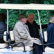NLD/Amsterdam/20110729 - Uitvaart actrice Ina van Faassen, JohN lanting en Dick van den Toorn