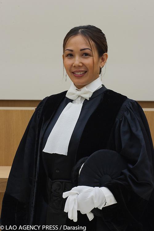 La nouvelle juge consulaire Veatsou Phissamay fait son entrée au tribunal de commerce de Bobigny. Son domaine de juridiction concerne la région de Seine-Saint Denis. Elue pour un premier mandat de deux ans puis renouvelable pour une durée de quatre ans.