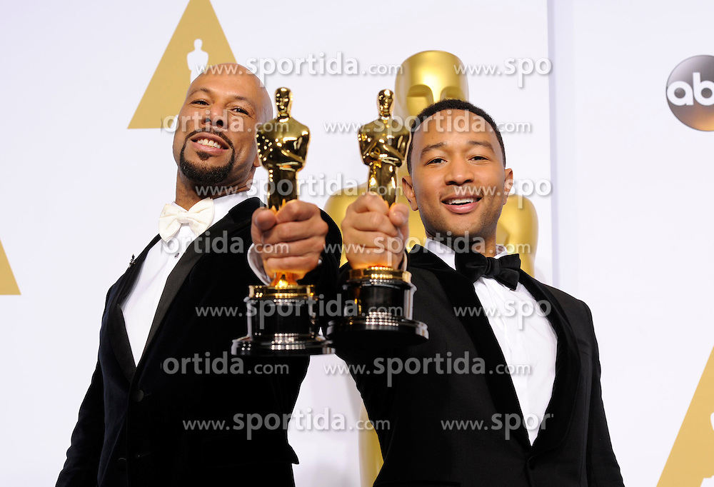 John Stephens (R) and Lonnie Lynn pose after winning the Best Original Song for &quot;Glory&quot; in the movie &quot;Selma&quot; during the 87th Academy Awards at the Dolby Theater in Los Angeles, the United States, on Feb. 22, 2015. EXPA Pictures &copy; 2015, PhotoCredit: EXPA/ Photoshot/ Yang Lei<br /> <br /> *****ATTENTION - for AUT, SLO, CRO, SRB, BIH, MAZ only*****