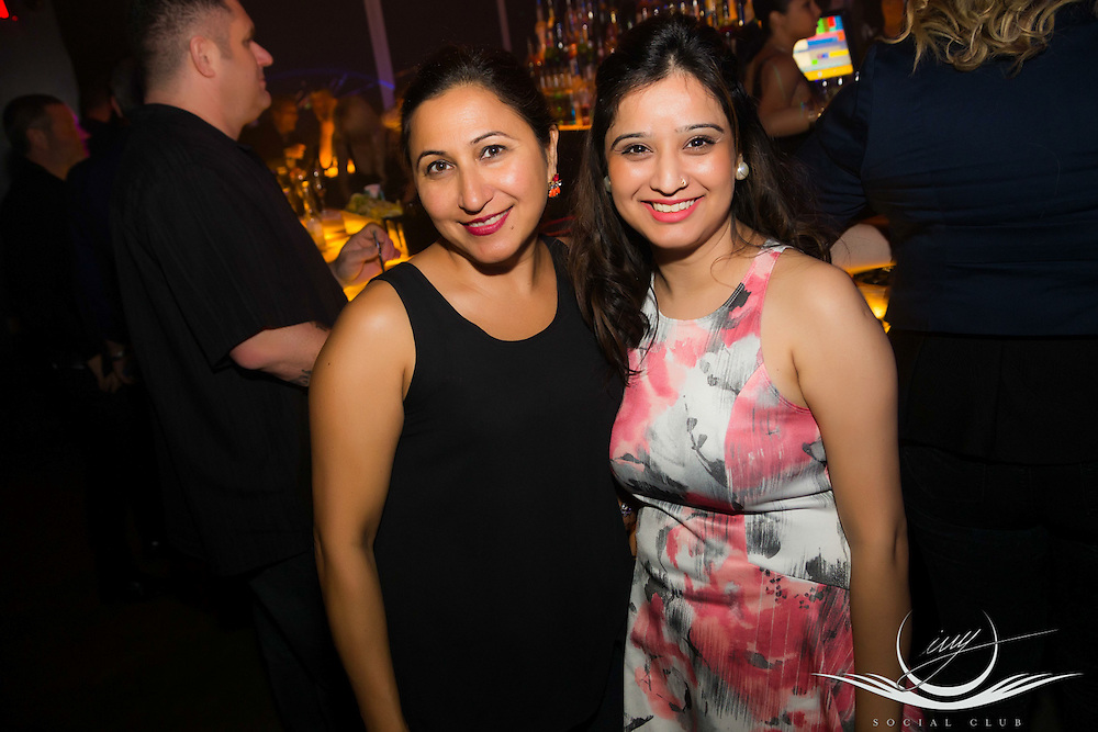 IVY Social Club Saturday June 6, 2015 @ IVY Social Club at 80 Interchange way, Vaughan<br /> <br /> MAke your Move Saturday w/dj jimmy jamm<br /> featuring the Hottest top 40 sounds & House & Old School Grooves....<br /> <br /> rsvp for IVY guest list, booth/bottle service by calling IVY at 905-761-1011