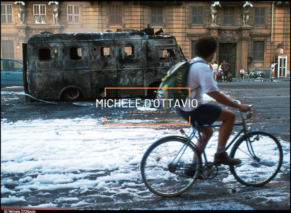 genova manifestazioni organizzate dal Genova Social Forum contro il G8 19-21 luglio 2001
