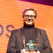 NLD/Amsterdam/20190208- 100% NL Awards  2019, Guus Meeuwis wint de award zanger van het jaar