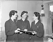 12/06/1957.06/12/1957.12 June 1957.Findlater staff members at O'Connell Street office, Dublin.
