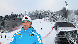 14.01.2013, Schladming, AUT, FIS Weltmeisterschaften Ski Alpin, Schladming 2013, Vorberichte, im Bild Hans Knauß in seiner Heimatstadt Schladming vor dem voestalpine skygate im Planai-Zielstadion // Hans Knauß in his hometown Schladming in front of the voestalpine skygate, Planai, preview to the FIS Alpine World Ski Championships 2013 at Schladming, Austria on 2013/01/14. EXPA Pictures © 2013, PhotoCredit: EXPA/ Martin Huber