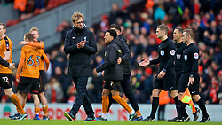 LIVERPOOL, ENGLAND - Saturday, January 28, 2017: Liverpool's manager Jürgen Klopp looks dejected after losing 2-1 to Wolverhampton Wanderers during the FA Cup 4th Round match at Anfield. (Pic by David Rawcliffe/Propaganda)