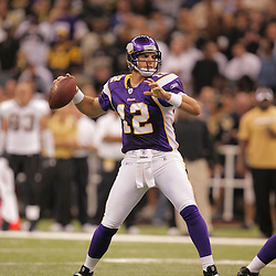2008 October, 06: Minnesota Vikings quarterback Gus Frerotte (12) in action during the first half of a week five regular season game between the Minnesota Vikings and the New Orleans Saints for Monday Night Football at the Louisiana Superdome in New Orleans, LA.