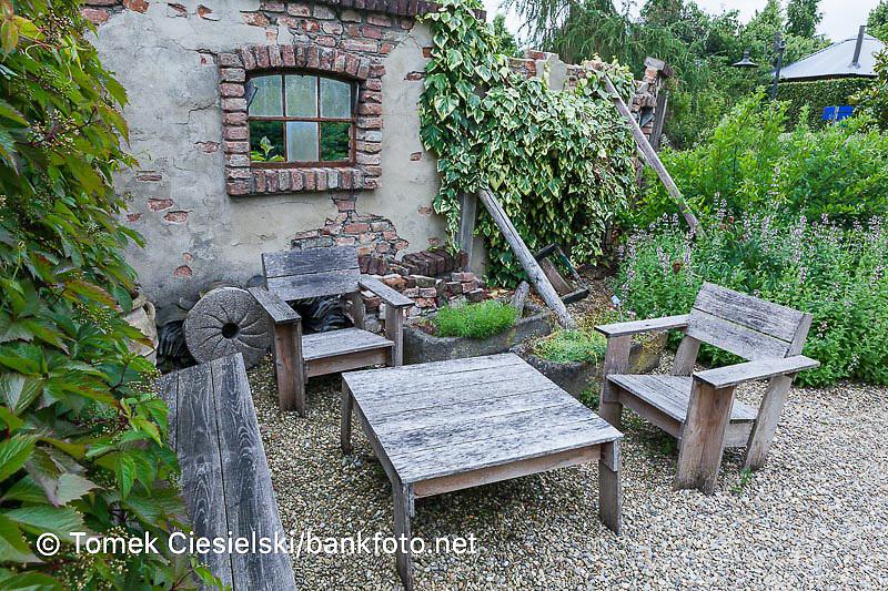 Architectural elements in garden