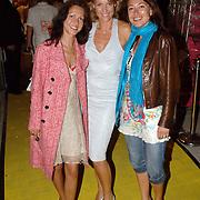 NLD/Amstelveen/20060707 - Glitterparty Special Sports Amstelveen, Micky Hoogendijk en vriendinnen