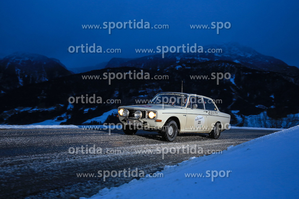 03.01.2015, Groebming, AUT, Planai-Classic 2015, Dachstein-Prolog, im Bild Rudi Roubinek und Guenther Schrems (AUT), Volvo 142, Bj. 1968 // during the Planai-Classic 2015 in Groebming, Austria on 2015/01/03. EXPA Pictures © 2015, PhotoCredit: EXPA / Martin Huber